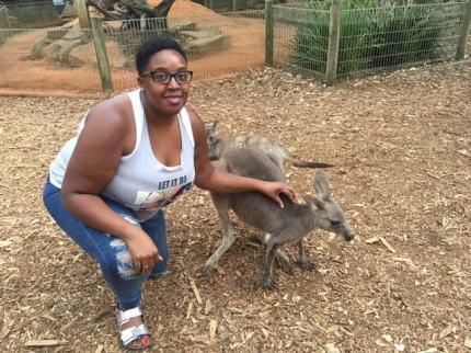 kangaroo-visit
